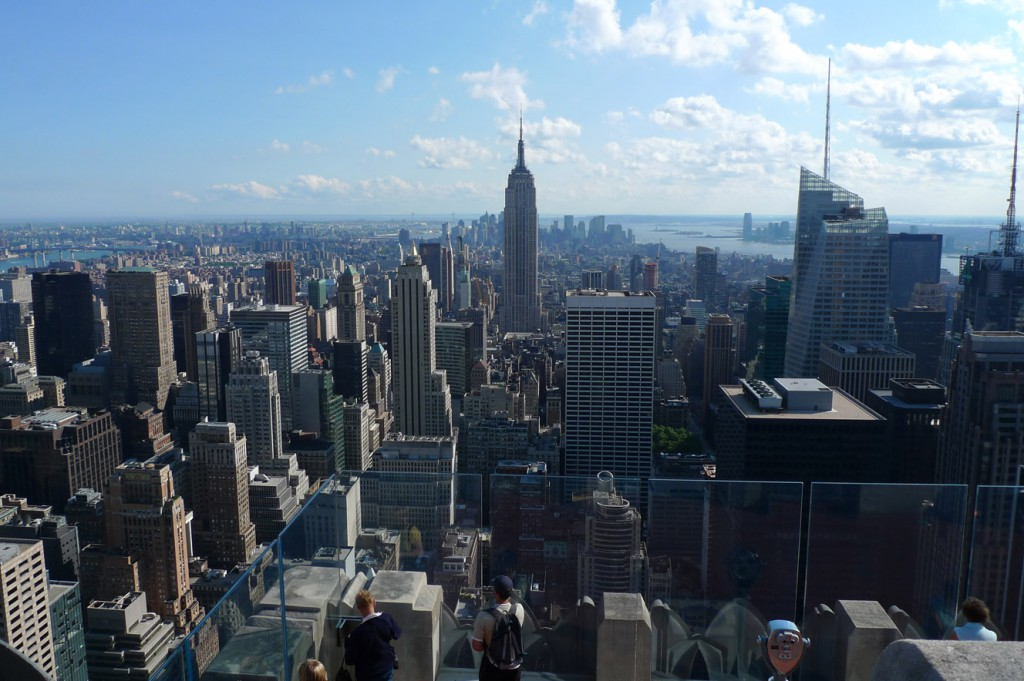 new_york_rooftop_rockefeller_center_empire_state_building