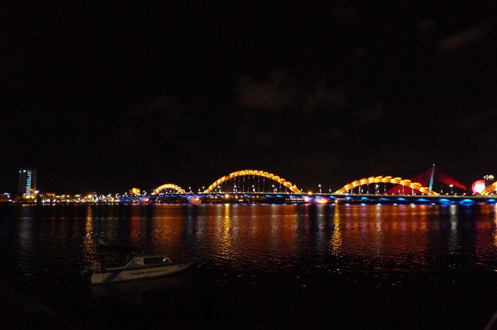 vietnam_da_nang_dragon_bridge
